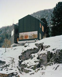 Quietly Swiss - Photo 9 of 9 -