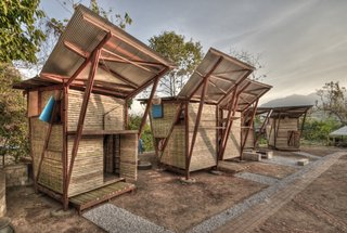 Soe Ker Tie Houses in Thailand / Photo by Pasi Aalto / Tyin Tegnestue
