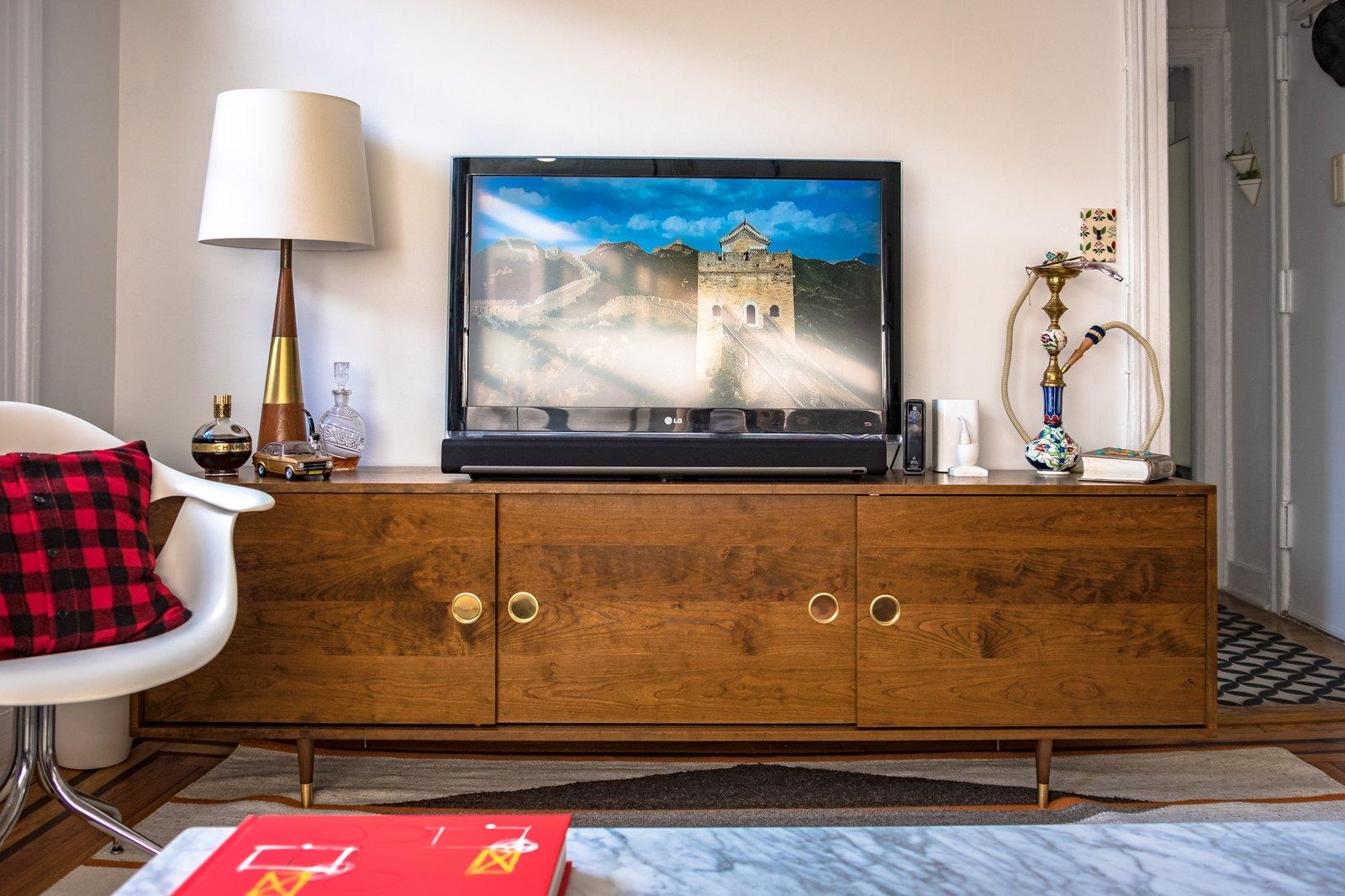 Credenzas & TV Stands