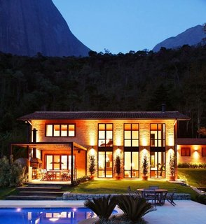 Step Inside a Dramatic Brazilian Mountainside Masterpiece - Photo 10 of 10 -