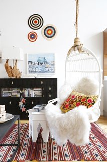 This Insanely Cool Loft Is What Downtown Dreams Are Made Of - Photo 13 of 29 -