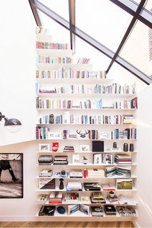 9 Home Libraries We All Want to Curl Up in This Weekend - Photo 15 of 18 - PHOTO: Shade Degges; DESIGN: Heather Heron