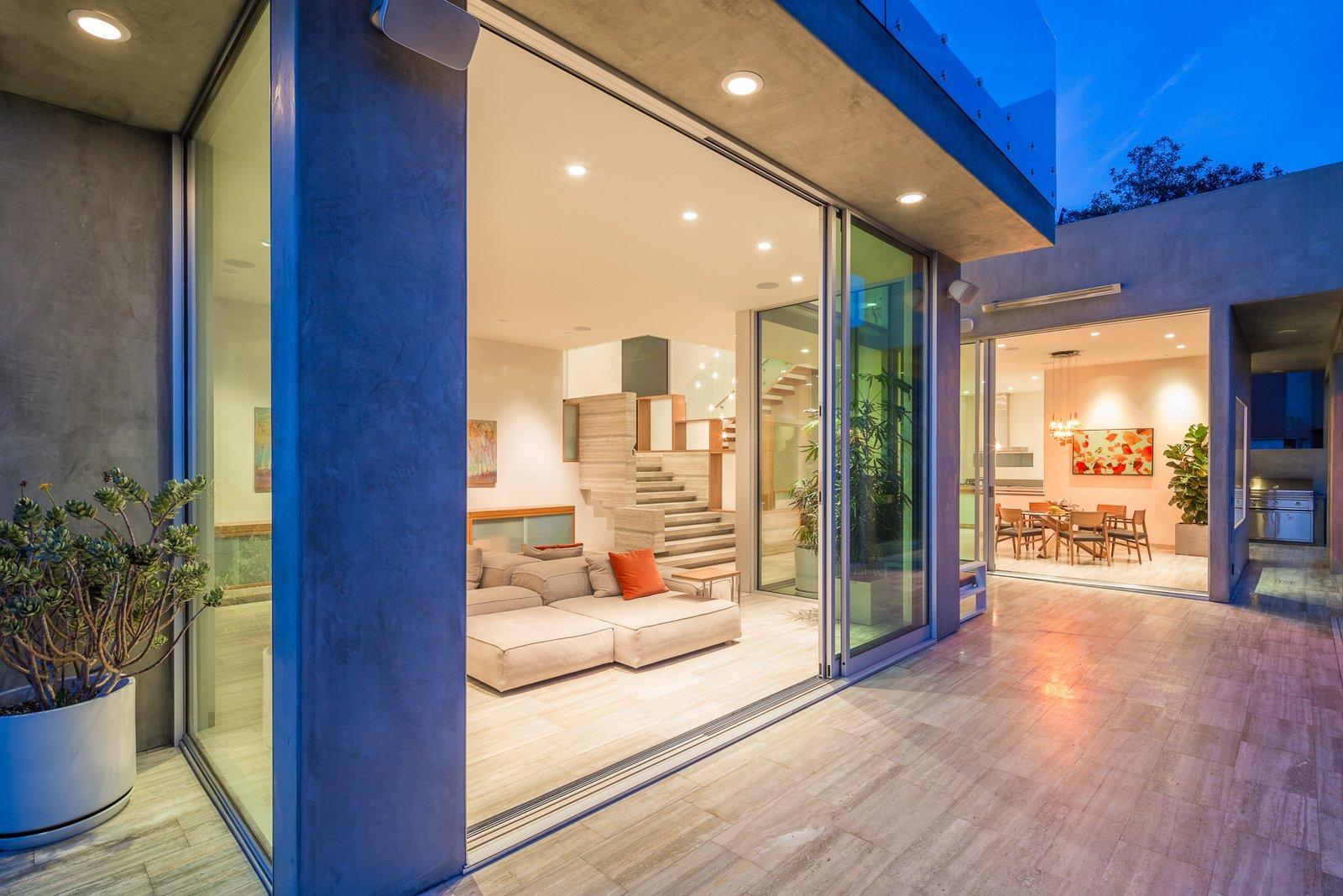 Canyon House by ANX / Aaron Neubert Architects