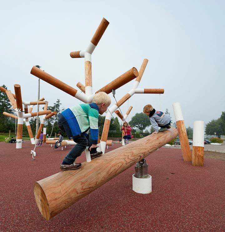 Perfect for all ages, this CEBRA-designed playground is equal arts practical and whimsy.  Denmark's Pulse Park playground is a life-sized geometrical garden of interactive equipment. It's whimsical aesthetic contrasts the otherwise calm landscape of Kildebjerg Ry. It encourages playful athleticism as well as tranquil relaxation.  Photo 5 of 11 in 10 Playgrounds With Modern Twists