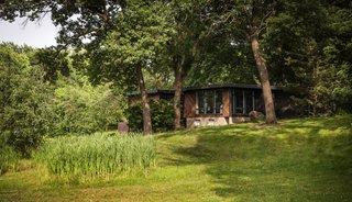 Hickman-Vaia Residence