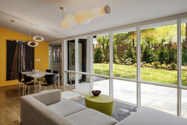Best 60 Modern Living Room Track Lighting Design Photos And