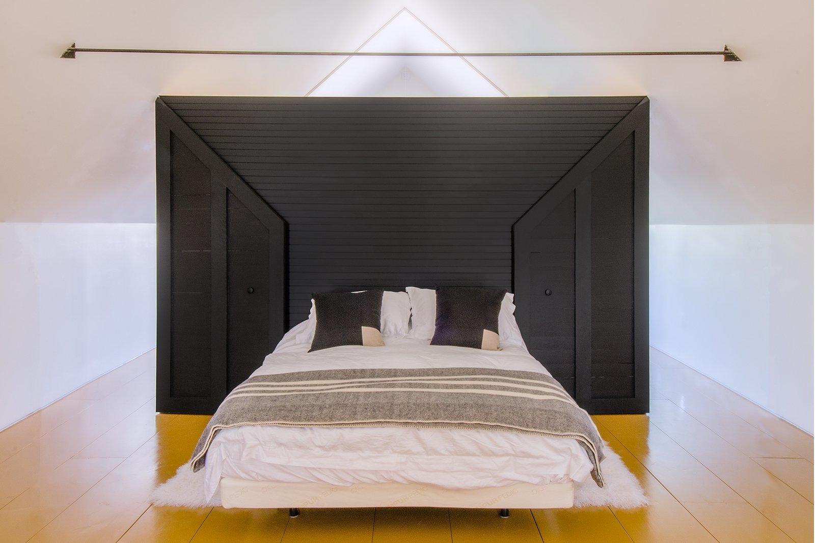 Bedroom, Light Hardwood Floor, and Bed  Schoolhouse