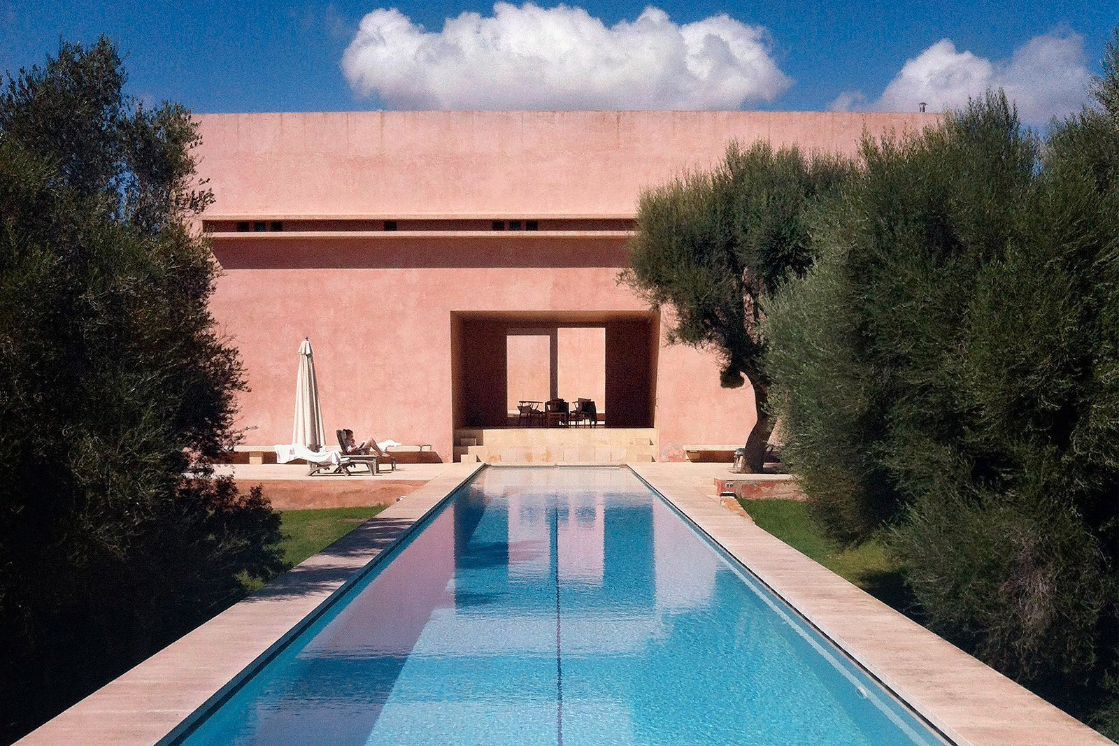 Mallorca villa charity bayer for Kapfer pool design mallorca