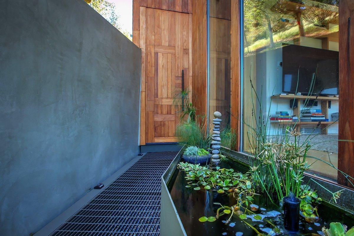 Outdoor and Walkways  Laurel Canyon Boxhouse