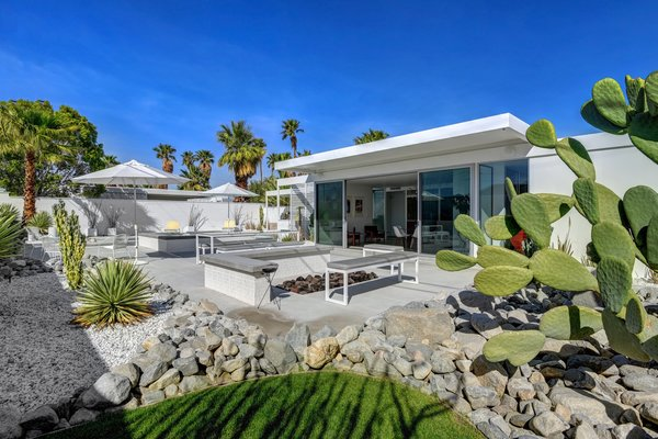 Homeowner Jay Longtin served as the general contractor and performed the majority of the remodel work, aside from the outdoor floors, concrete, and pool, which were done by Architectural Blue.