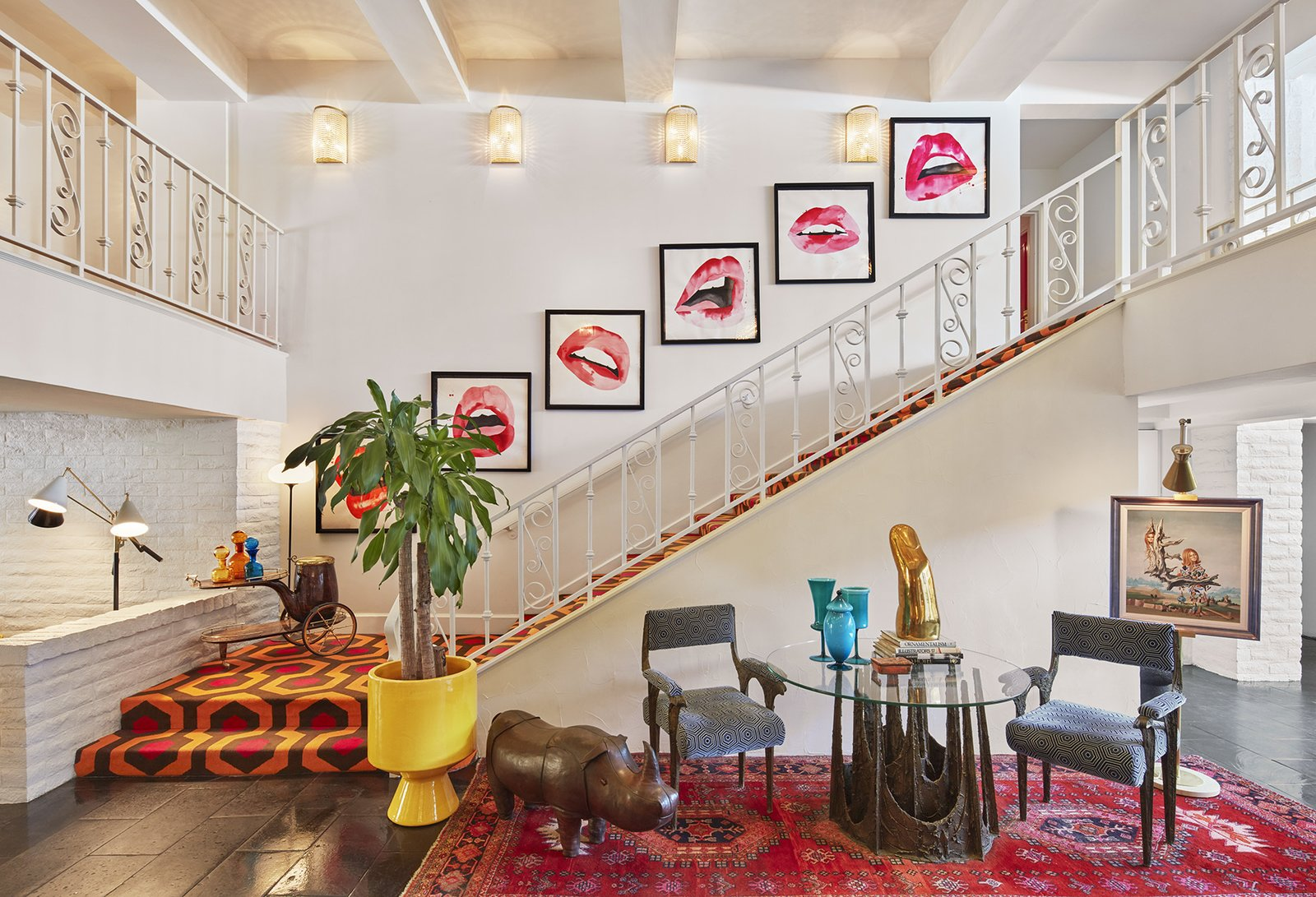 Jonathan adler reveals his redesign of the parker palm for Palm springs interior design style