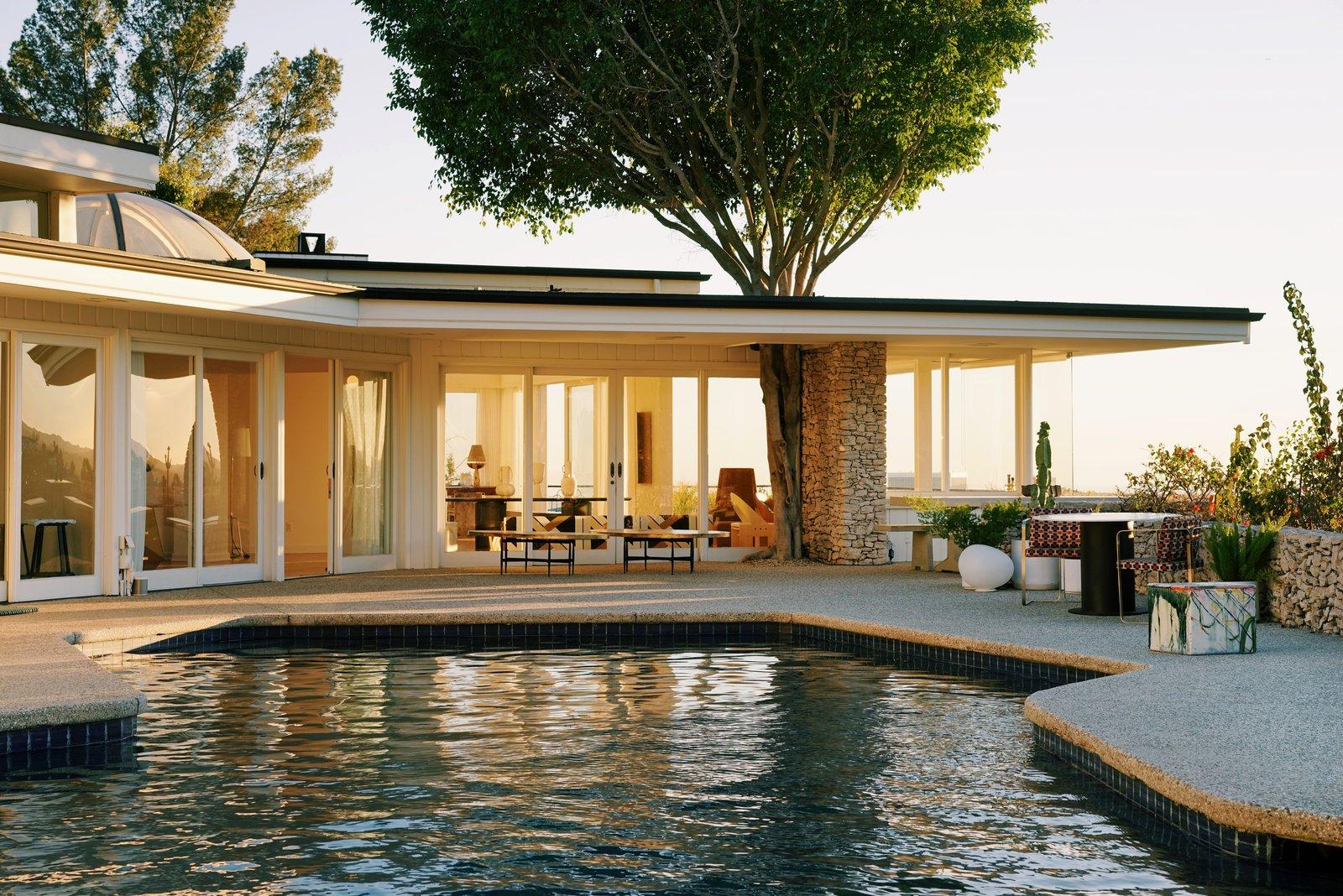 Elvis Presleyu0027s Former L.A. Midcentury Is Now A Swoon Worthy Design Showroom