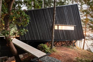 An Angled Cabin in British Columbia Makes an Ideal Island Retreat - Photo 2 of 5 -