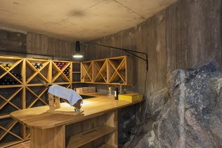 A Modern Finnish Villa That Grows Out of a Seaside Cliff - Photo 9 of 11 -