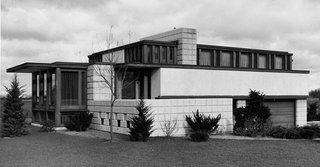 """Autumn Reflections 2017"" opens historically significant mid-century modern homes to touring - Photo 3 of 3 - The John Whitman Residence, 1934.  Alden B. Dow's Design earned him the Gold Medal Prize for the Best Residential Design in the World at the 1937 Paris Exposition"