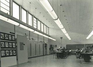 Northeast Intermediate School, Midland, Michigan by Alden B. Dow - Photo 3 of 5 -