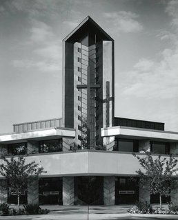 First Presbyterian Church of Dearborn, Michigan by Alden B. Dow - Photo 2 of 6 -