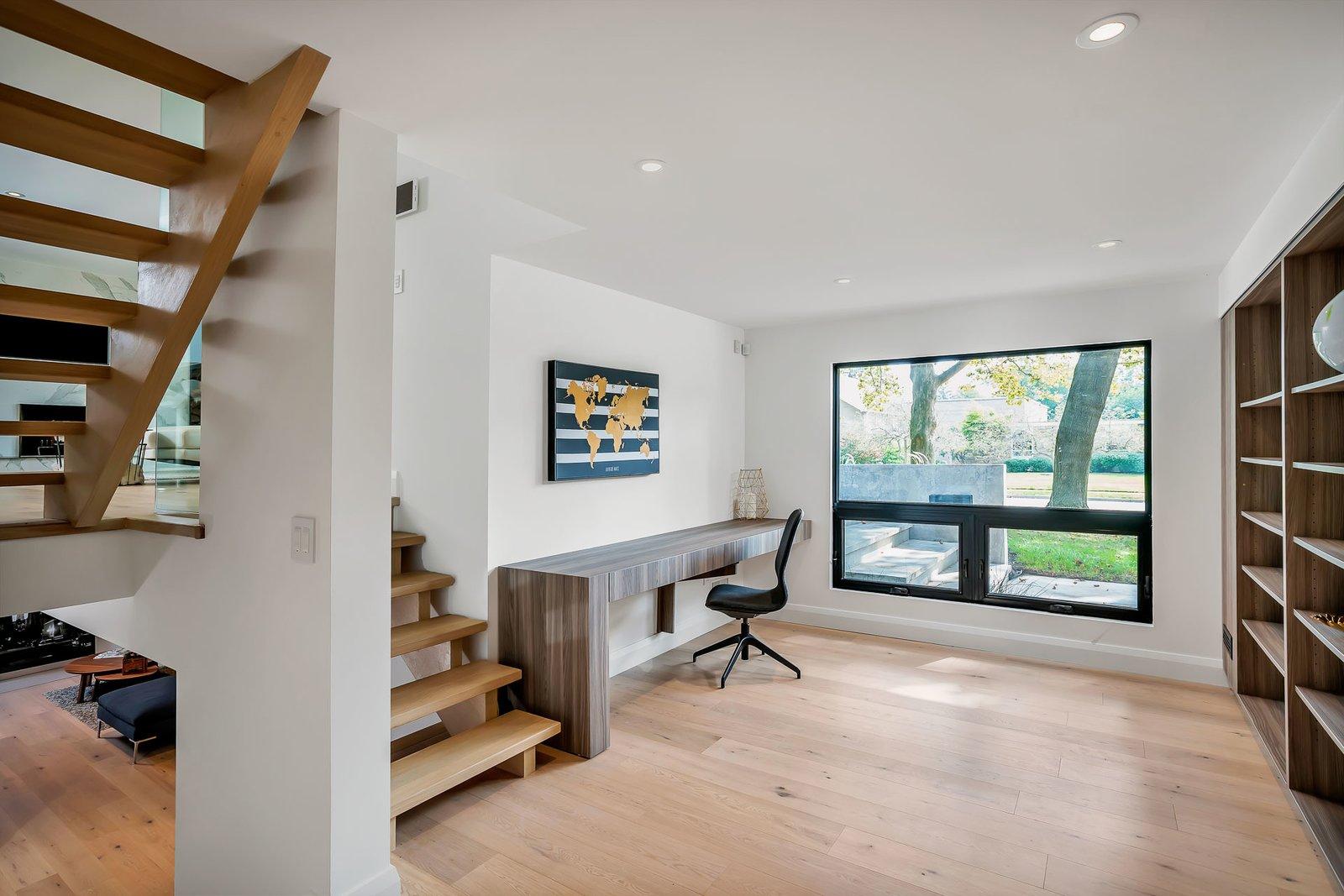 Office  Modern Renovation