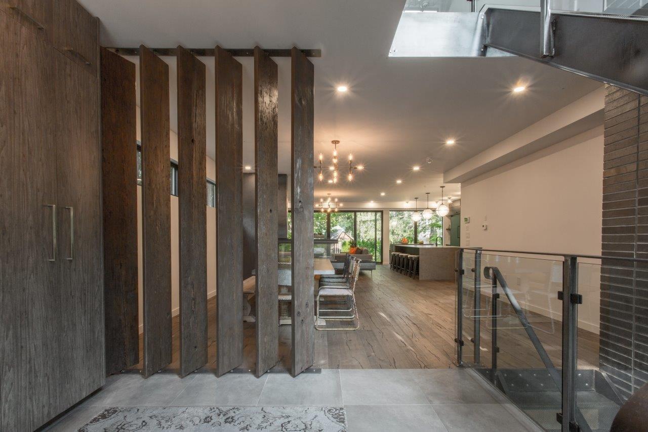 Dining Room, Table, and Medium Hardwood Floor  Modern Architectural Design