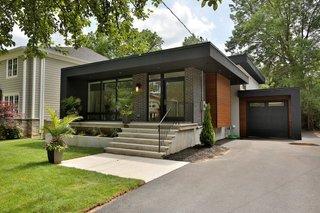 Modern Backsplit Modern Home In Burlington Ontario Canada On Dwell