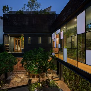 Ignacia Guesthouse Balances Historic and Modern In Mexico City - Photo 3 of 6 -