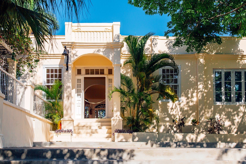 Photo 3 of 8 in Hemingway's Cuban Hideaway