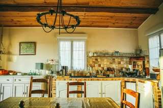 Provence's Rustic Tower Inn - Photo 4 of 7 -