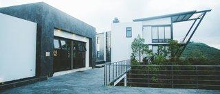 Pikaia: A Galapagos Eco-Lodge