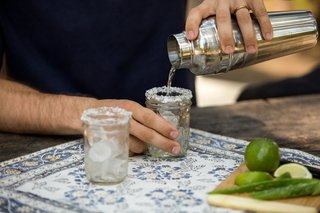 How to Make Aloe Vera Margaritas - Photo 4 of 5 -