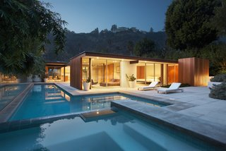 Originally designed by architect Ray Kappe, the current owners renovated and enlarged the property in 2007, enhancing the modernist architecture that exemplifies the Southern California lifestyle.