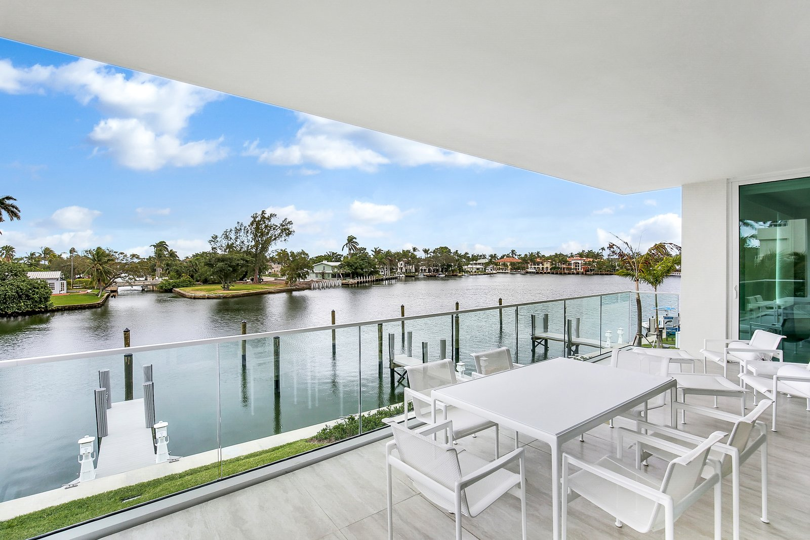 Outdoor  Striking, Modern Waterfront Residences Debut Along Fort Lauderdale's Picturesque Sunset Lake