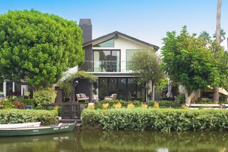 A Look Inside A Remodeled Abode Situated Along LA's Venice Canals