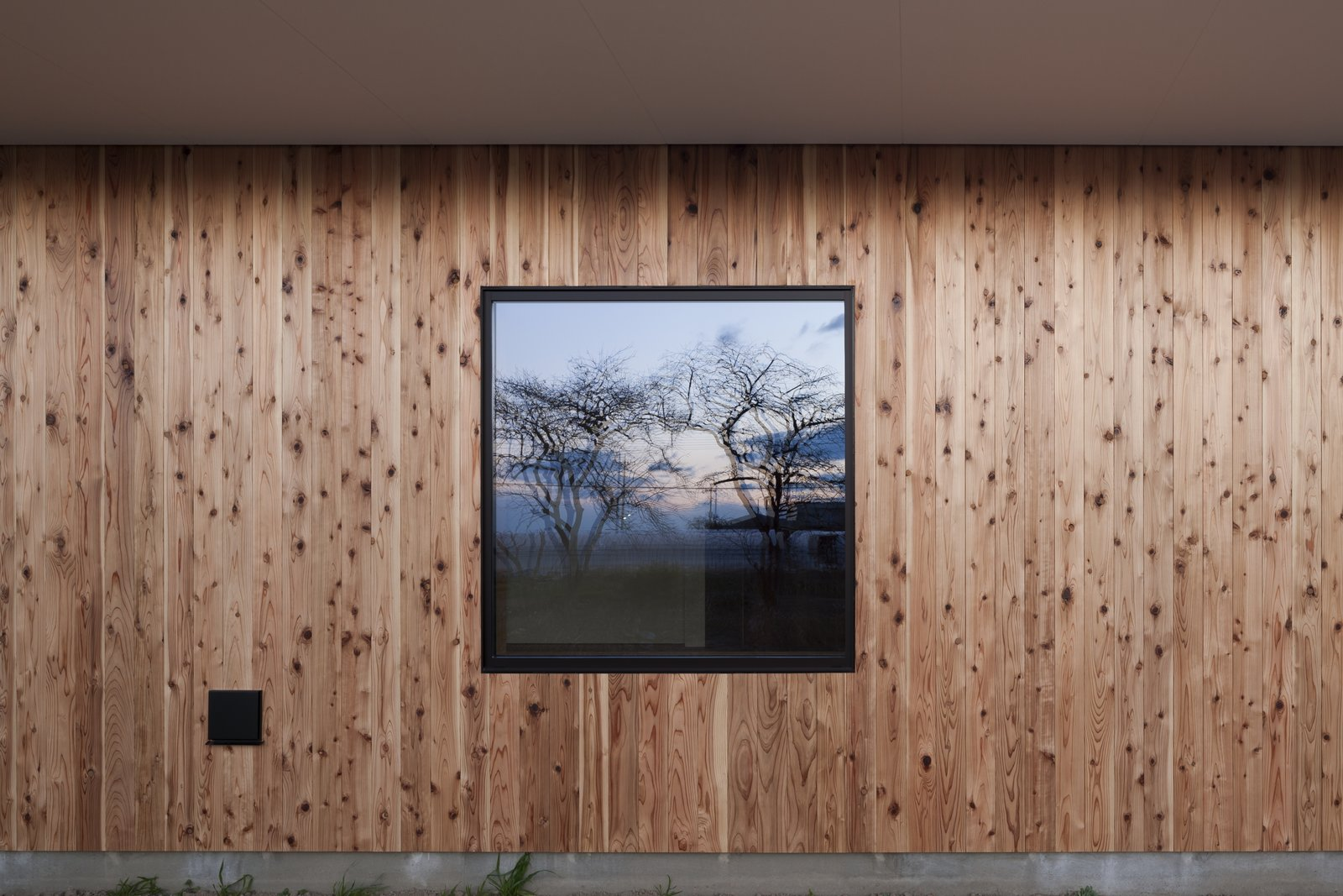 House in Fukaya by Nobuo Araki / The Archetype