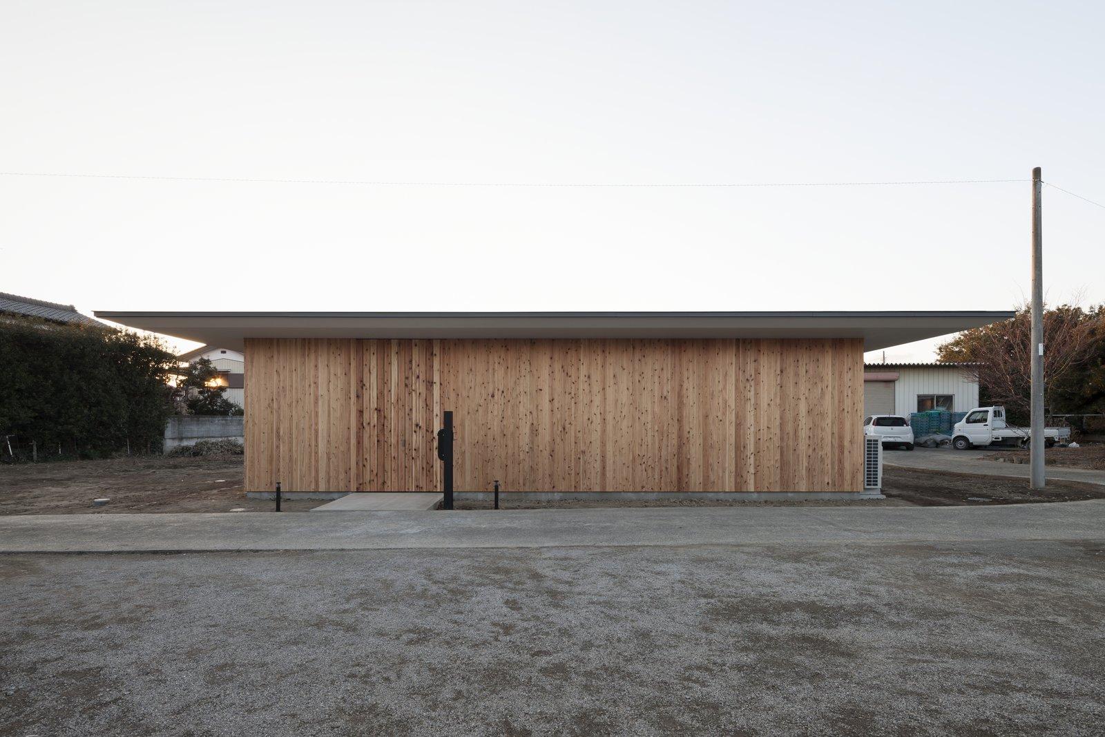 House in Fukaya by Nobuo Araki / The Archetype