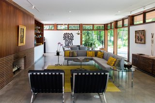 Top 5 Homes of the Week With Luminous Living Rooms - Photo 5 of 5 -