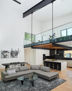 Top 5 Homes of the Week With Luminous Living Rooms - Photo 4 of 5 -