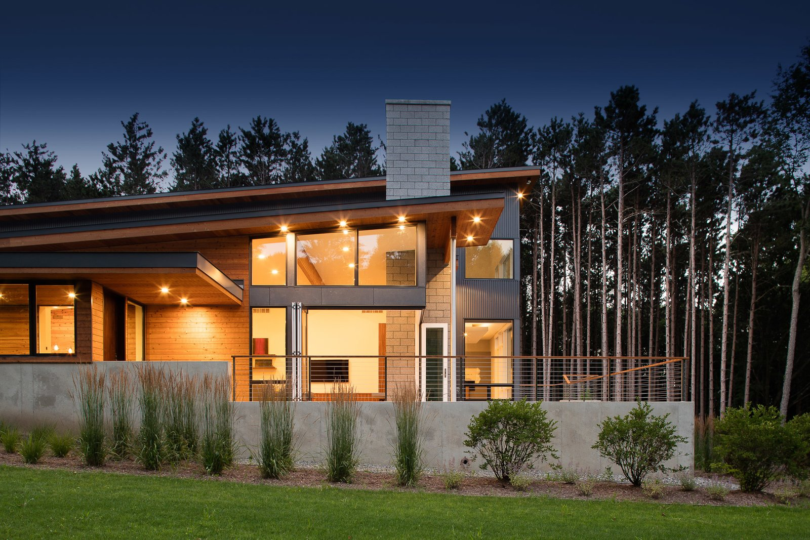 Dogwood Residence Modern Home In Grand Rapids Michigan By
