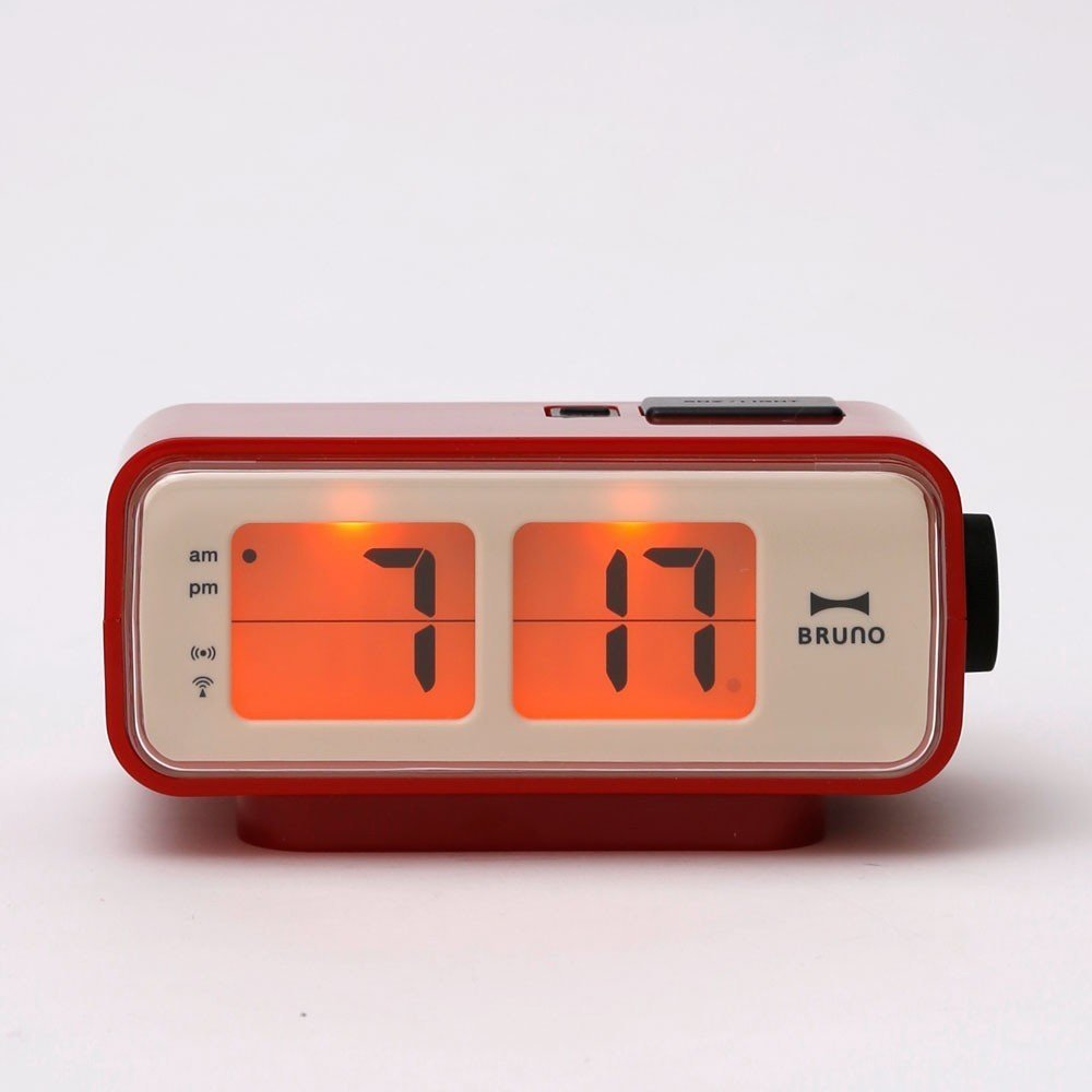 retro digital flip clock by generate design dwell. Black Bedroom Furniture Sets. Home Design Ideas