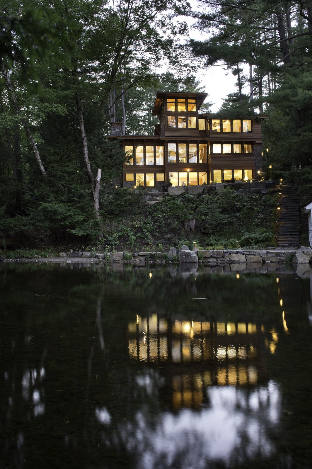 Fourth Lake Summer House by Phinney Design Group