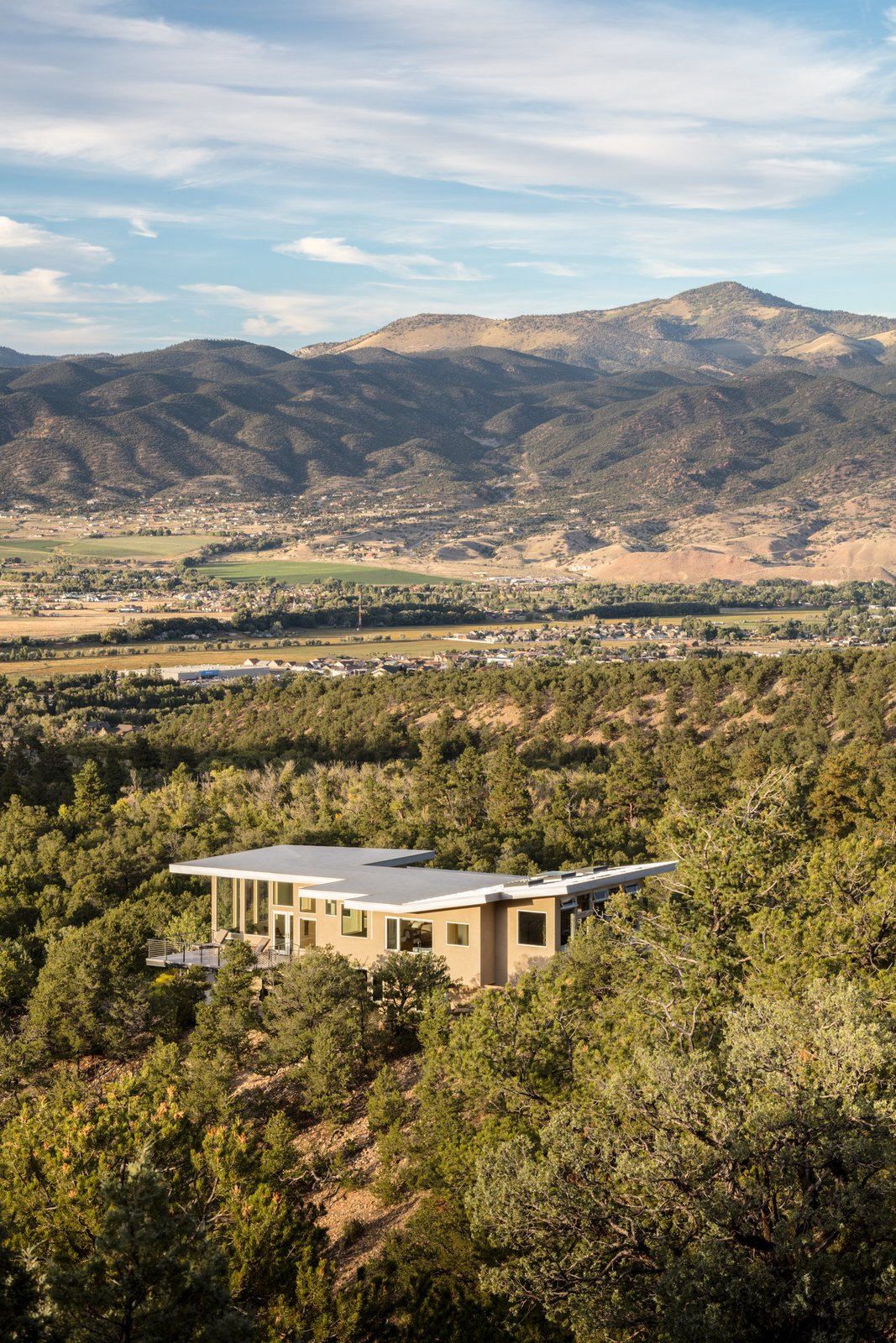 Northern Slope Sanctuary by Gettliffe Architecture