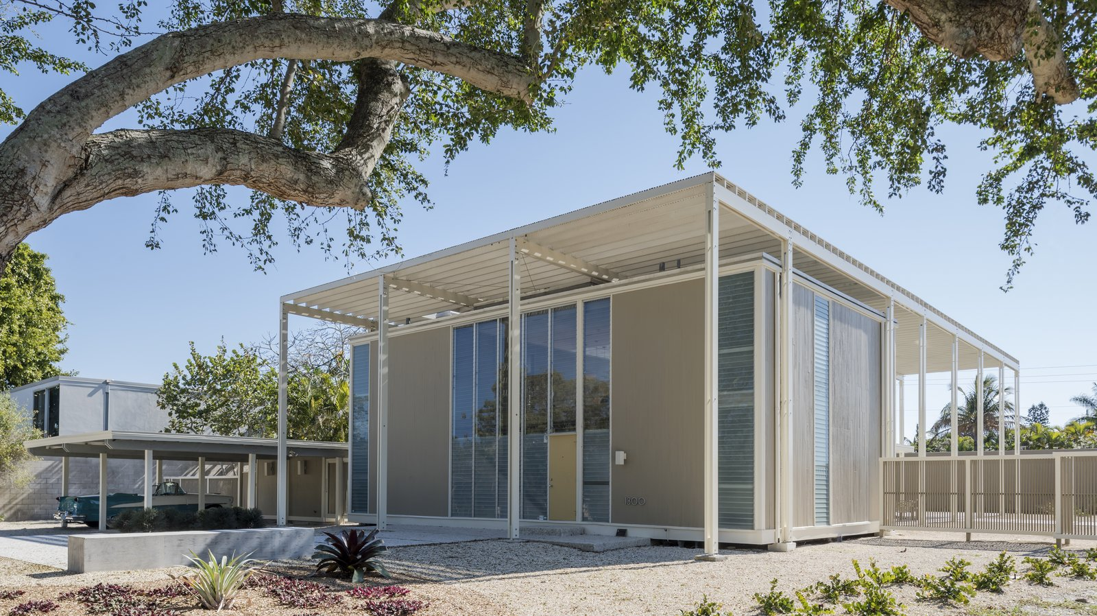 Umbrella House Modern Home In Sarasota Florida By Paul Rudolph On Dwell