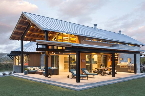 """""""The central pavilion evolved as a place to house a lot of the functions of the home, and also gave us a structure to build porches and decks for further protection from the sun,"""" says Dominick. The outdoor patio is 1,600 square feet."""