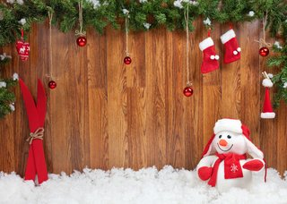 Create Your Own Santa's Grotto In Your Garage