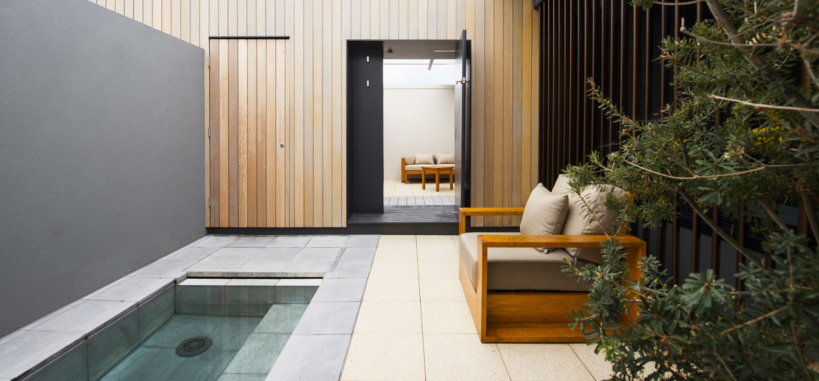 Photo 5 of 10 in This Modern Tasmanian Resort  Reflects the Natural Forms Surrounding It