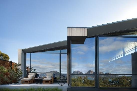 Photo 8 of 10 in This Modern Tasmanian Resort  Reflects the Natural Forms Surrounding It