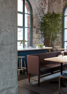 An Old Power Station in Melbourne is Transformed Into A Modern Tiered Restaurant - Photo 5 of 9 -