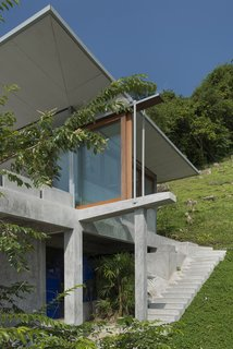 Take a Trip to This Photographer-Designed Concrete Home in Thailand - Photo 10 of 10 -