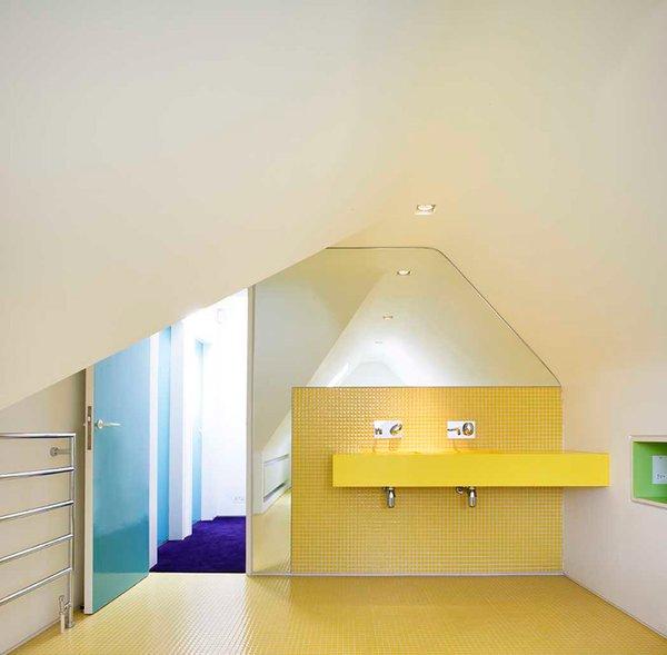 Best 60+ Modern Bathroom Ceramic Tile Walls Design Photos And Ideas ...