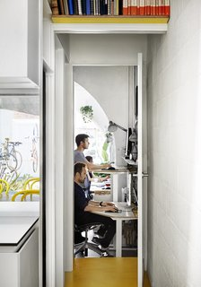 An Architect Turns His Victorian Home Into a Sun-Drenched Live/Work Space - Photo 4 of 12 -
