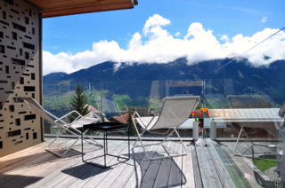 Situated in the alpine village of Vignongn, with views of the Val Lumneziz (Valley of Light), this eco-friendly, Scandi-inspired vacation home has a sunny terrace where you can enjoy views.